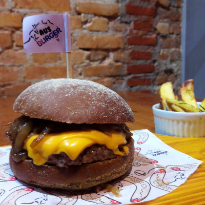 2×1: 2 Hambúrgueres Tasmânia por R$ 38,90!