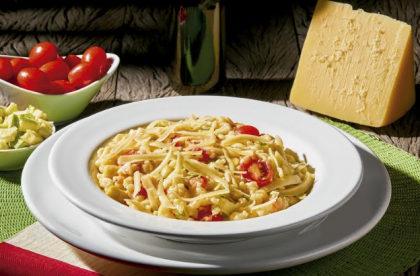 Tomato Veggie e Cheese Risotto por apenas R$ 33,00!
