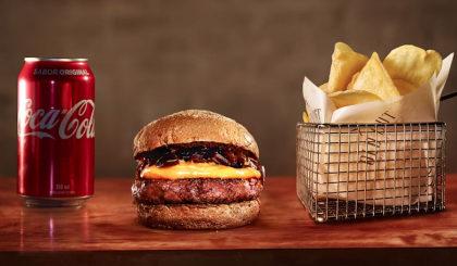Cheddar Burguer + Batata Chips + Refrigerante por apenas R$ 32,00!