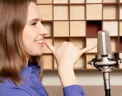 """Curso """"O profissional de voz na era digital"""" com descontos exclusivos!"""