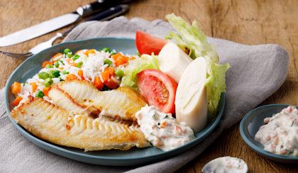 Tilápia à grega + Refrigerante Lata + Qualquer Sobremesa por R$ 29,90!