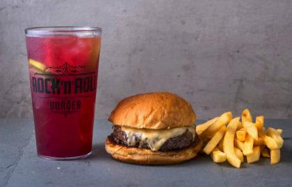 Burger da sua escolha + Pink Lemonade refill + 1/2 Fritas por apenas R$34,90!