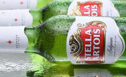 Na compra de 3 Stella Artois, a 4° sai por conta da casa!