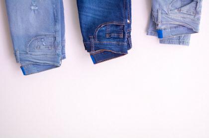 Cupom de 10% OFF na lista selecionada de calças no site da Renner