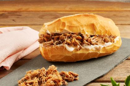 Sanduíche de Pernil + Carolina de Doce de Leite por apenas R$ 13,90!