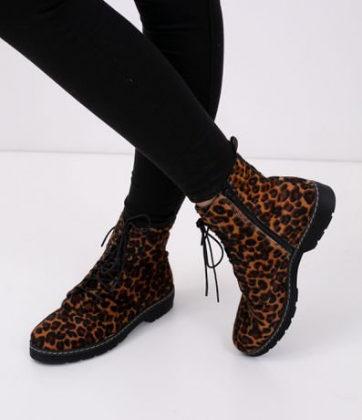Cupom de 15% OFF em calçados femininos selecionados no site da Renner