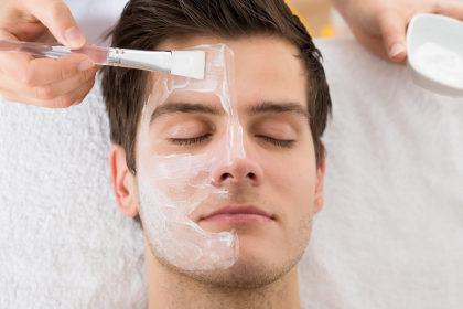 Limpeza de pele masculina de alta performance por apenas R$120!