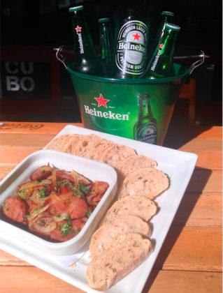 Balde com 5 Heinekens® + Porção de Calabresa por apenas R$68,00! [+18]