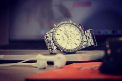 Cupom de 20% OFF em relógios no site do Carrefour