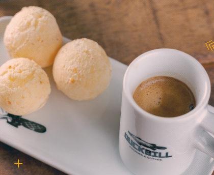 Capuccino Italiano + 5 Pães de Queijo pequenos por apenas R$ 11,25!