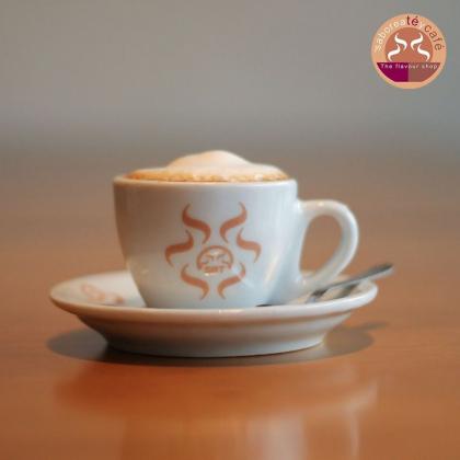1 Café Espresso Pequeno + 1 Pão de Queijo Tradicional por R$ 6,00!