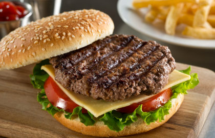 Ganhe 15% de desconto na conta a partir de R$ 30,00 no Miami Burger!