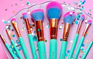 Cupom de 10% OFF na seção de Pincel de Maquiagem no site da Beleza na Web