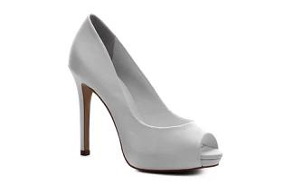 FRETE GRÁTIS para compras acima de R$99 em lista selecionada no site da Shoestock