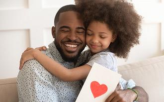 Até 50% OFF + Cupom de 10% OFF EXTRA em lista de Presentes de Dia dos Pais no site da C&A