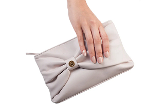 Nas compras acima de R$119 ganhe uma Necessaire Feminina no site da Eudora
